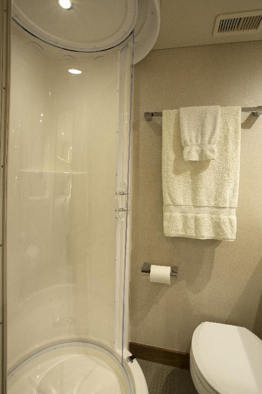 crew-shower_head-portside-533x800 | 100RPH