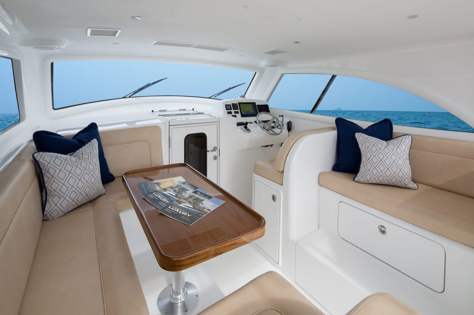 37BF Interior-1 | 37 Billfish