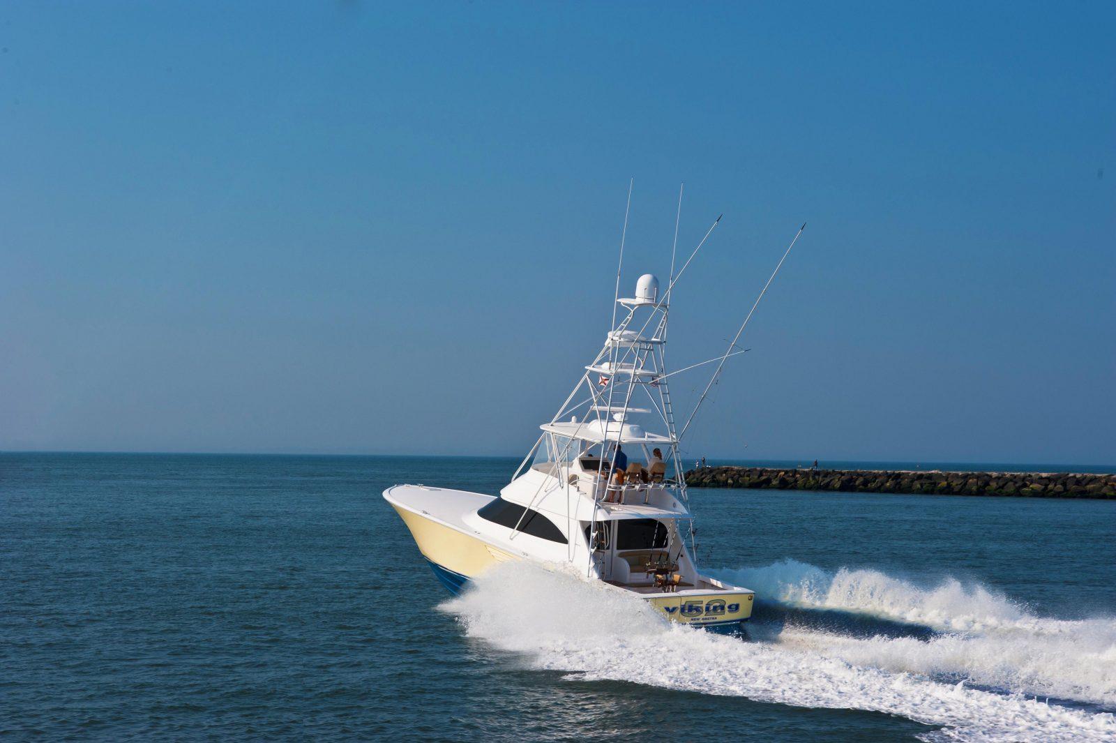 Viking52C14 | 52 Convertible