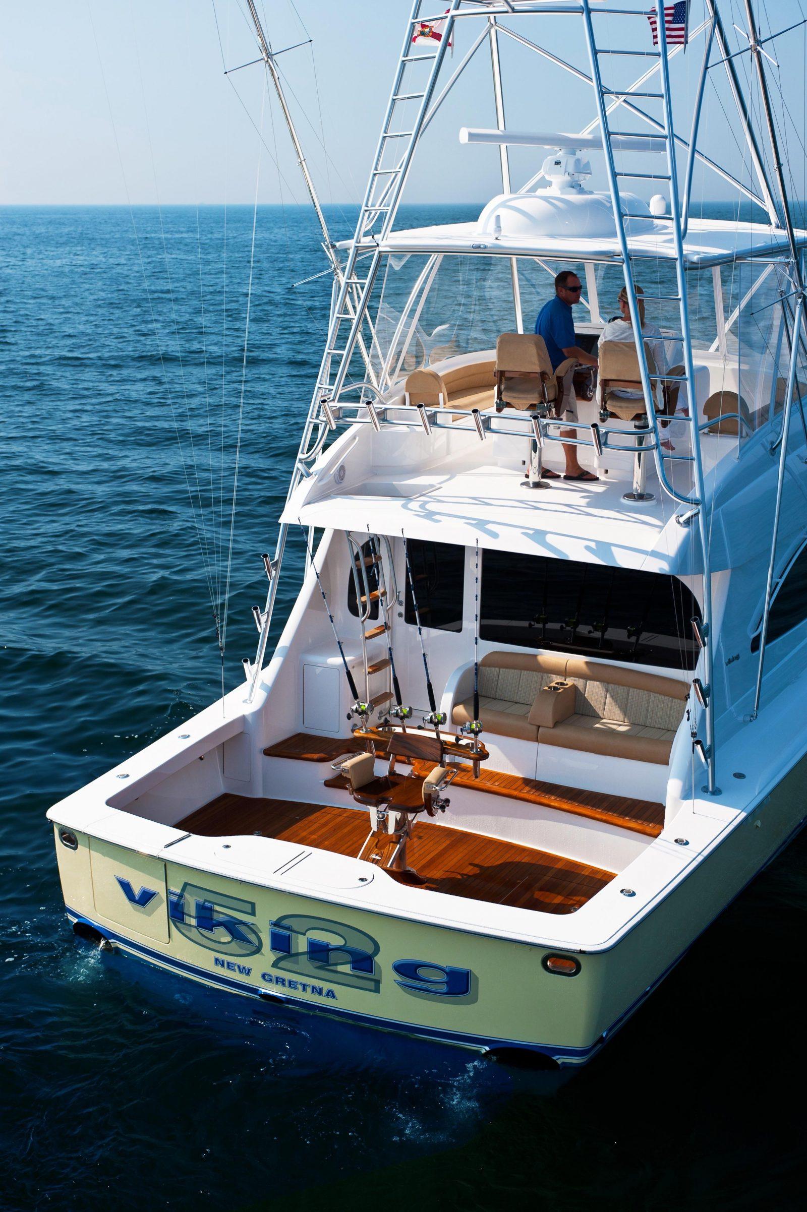 Viking52C9 | 52 Convertible