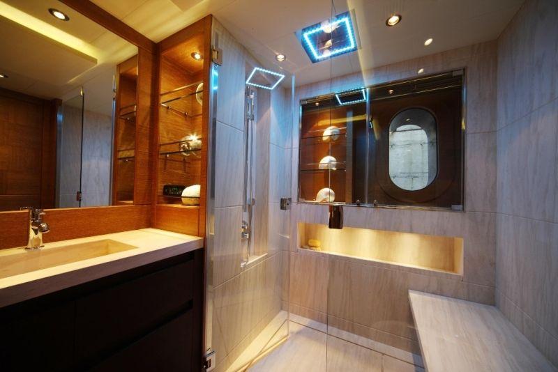 VIP Bath | Zaliv III