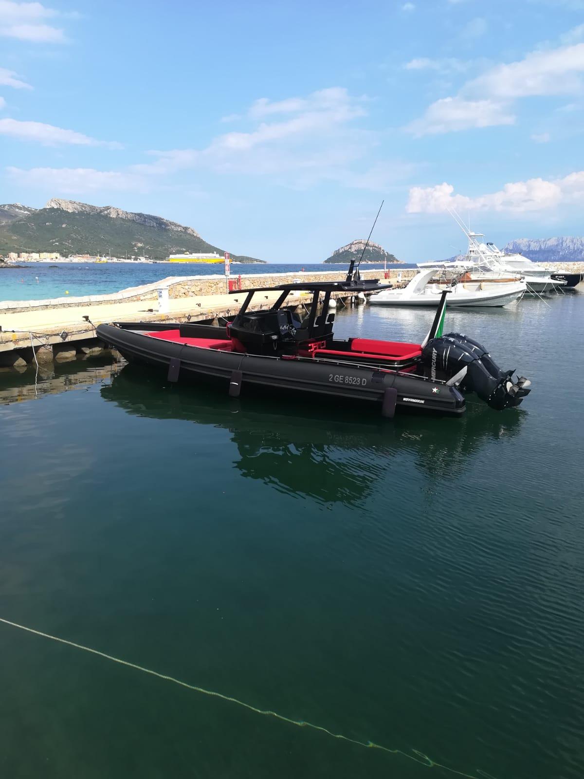 Luxury yacht for Sale | Black Shiver 100 (2014) by Novamarine