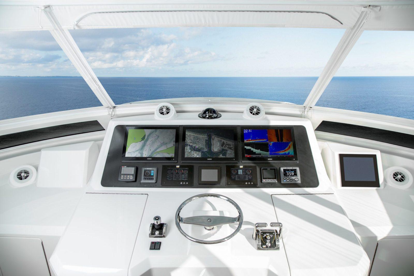 a4 | 82 Cockpit Motor Yacht
